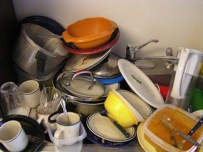 platos sucios cocina limpieza