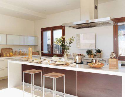 Cocina con cemento alisado o microcemento casa web for Islas de cocina con desayunador