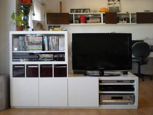 Biblioteca y televisor para el living casa web for Muebles rinconeros para living