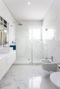 baño moderno lujoso pequeño