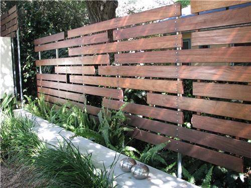 cercos de modernos de madera