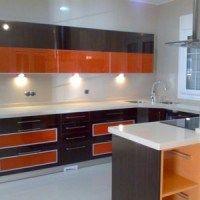cocinas moderna naranja negro y gris