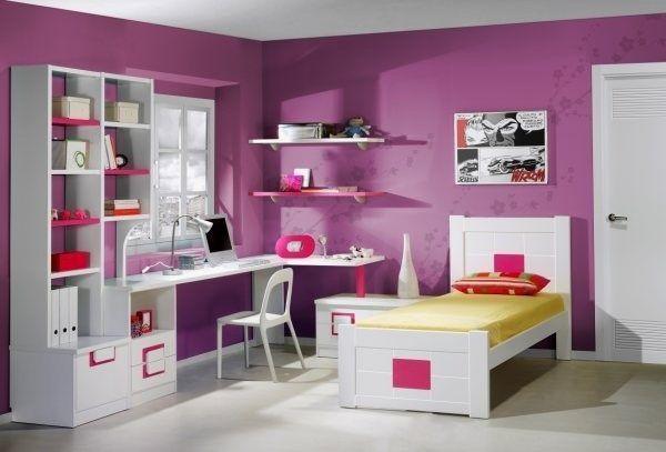 Dormitorio pared violeta casa web - Como amueblar una habitacion juvenil ...
