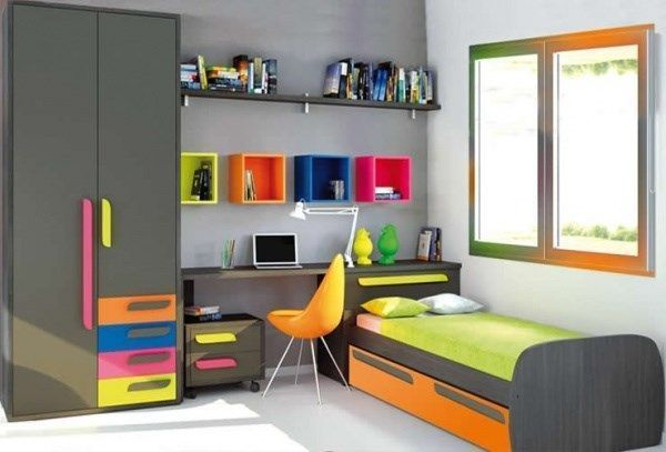 habitacion juvenil gris con toques de color