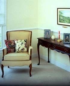 Muebles antiguos sillon y recibidor casa web - Muebles de recibidor clasicos ...