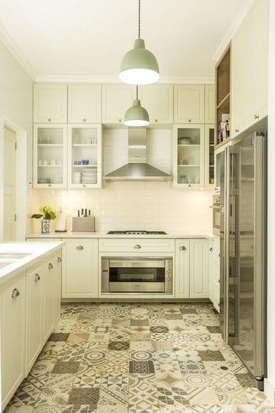 Qu elegir en pisos para su cocina casa web for Cocinas para pisos pequenos