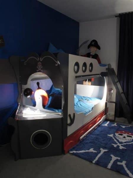cama barco pirata para niños