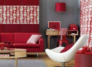 sala de estar roja y gris