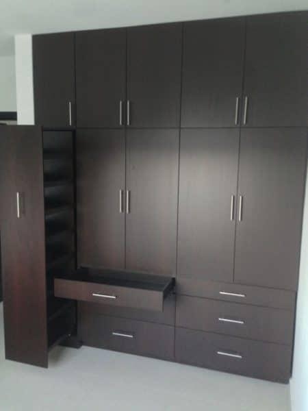 armario para dormitorio de madera wengue