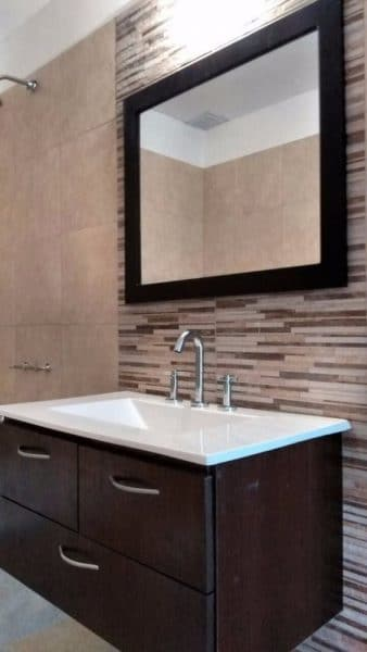 mueble para baño de madera wengue