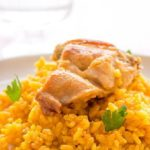 Arrollado de pollo con arroz al curry