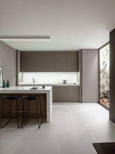 cocina con piso de marmol