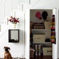 bajo escalera armario
