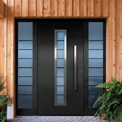 Elegir la puerta de entrada de la casa casa web for Puerta garaje metalica
