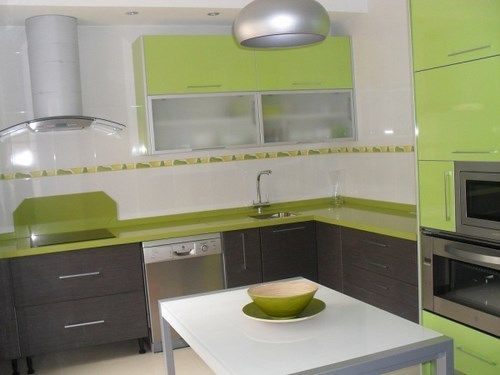 Cocinas verdes manzana casa web for Cocina encimera verde