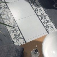 guardas de azulejos para baños