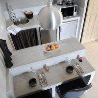 cocina pequeña cemento alisado