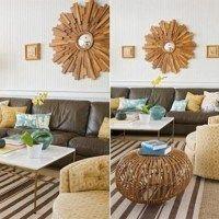sala con sillones marrones