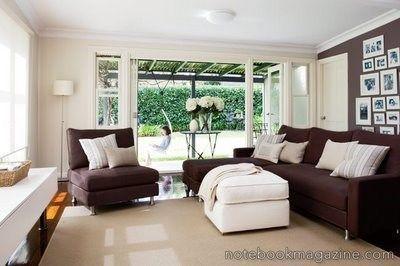 Living marron y blanco casa web - Como combinar colores para pintar paredes ...