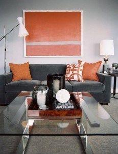livinf gris y naranja