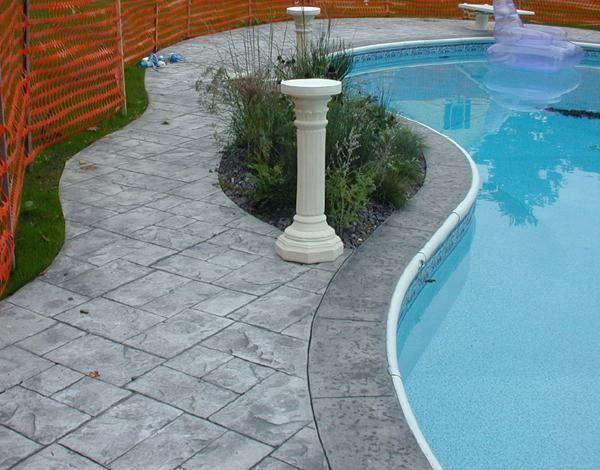 Piso cemento estampado borde de pileta casa web - Como hacer un piso de hormigon ...