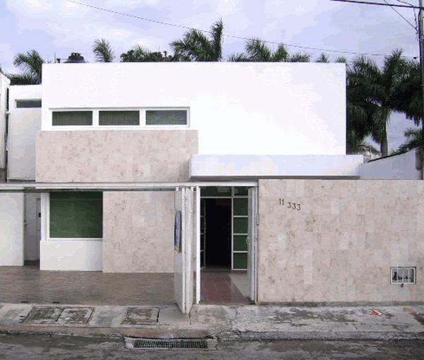 Frentes de casas casa web for Arquitectura moderna casas pequenas