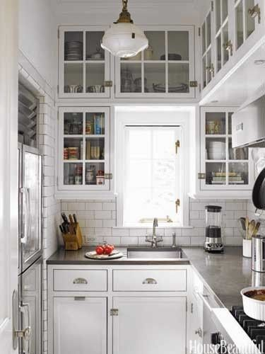 17 Best Images About House Beautiful Pantries On Pinterest: Cocina Pequeña Blanca