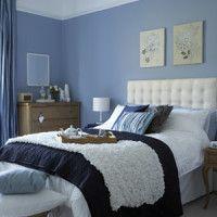 dormitorio azul celeste y marron