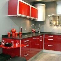 cocina pequeña roja