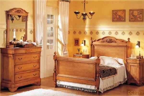 Dormitorio con muebles viejos restaurados casa web for Cortinas estilo clasico