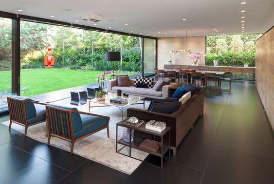sala de estar con comedor grande estilo minimalista