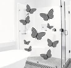 vinilos decorativos en mampara de baño