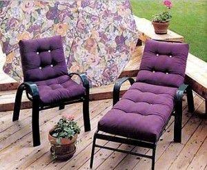 muebles de hierro con almohadones