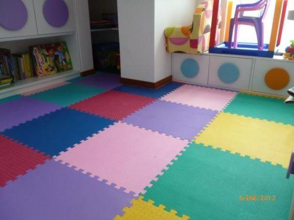 Pisos microporosos o goma eva casa web for Alfombras infantiles