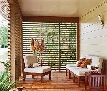 Galerias de casas cerradas con rejas de madera e1445554554768
