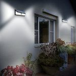 Fachada de casa con luz led