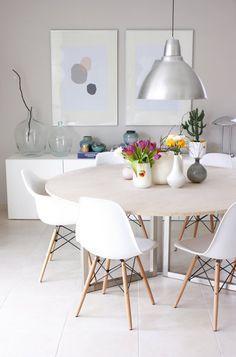 comedor con mesa redonda muebles de estilo nordico modernos - Casa Web