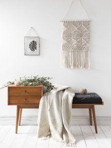 recibidor con banco muebles de estilo nordico modernos