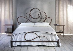 cama matrimonial de hierro