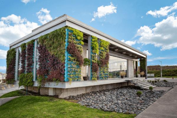 arquitectura sustentable pared verde