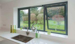 ventana de pvc en la cocina