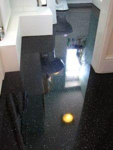 baño con piso simil granito negro procelanato liquido 3d