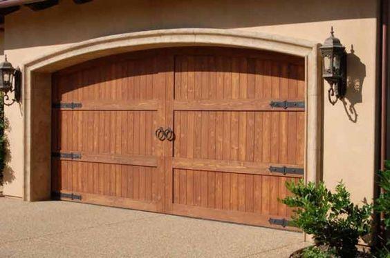 puerta garaje rustica estilo antiguo