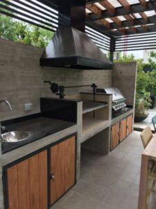 quincho moderno de cemento alisado