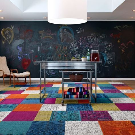 piso de alfombra modular multicolor