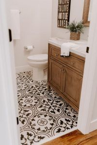 baño estilo colonial moderno