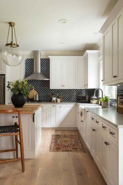 cocina moderna con piso flotante