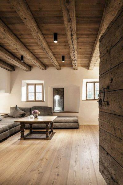 cielo raso rustico con madera maciza