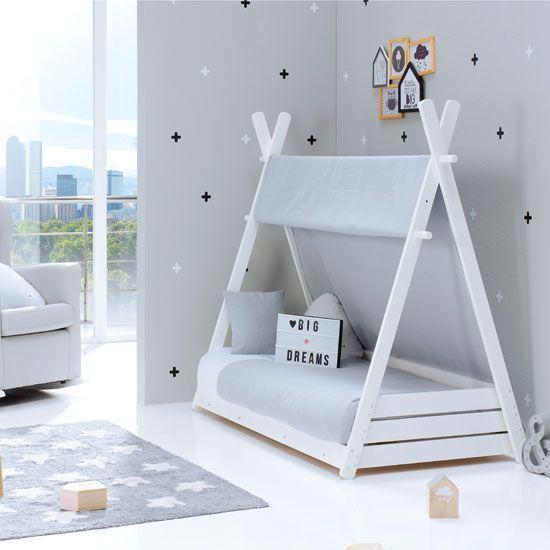 Cama estilo montessori para bebe minimalista y simple