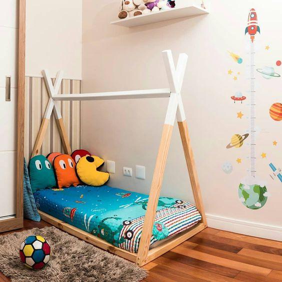 Cama estilo montessori para niños tematica pacman